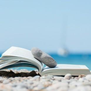 """Libri """"cuorosi"""" da leggere sotto l'ombrellone"""