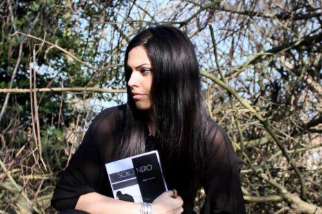 Solo nero, esordio di Giulia Sangiorgi