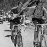 Tour de France, 1952: lo storico passaggio della borraccia tra Coppi e  Bartali