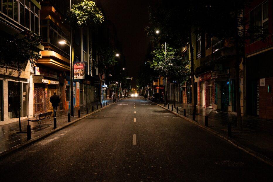 """""""La fine della notte. Un romanzo sociale di strada"""" di Antonio Meola"""